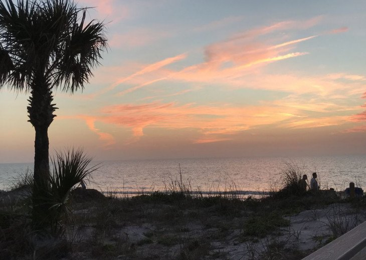 Awesome! Indian Rocks Beach Rental, Private Unit B, Renovated,Short walk to Bea #33