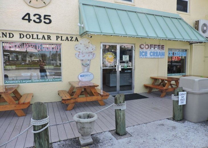 Awesome! Indian Rocks Beach Rental, Private Unit B, Renovated,Short walk to Bea #40