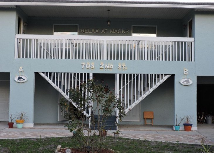 Awesome! Indian Rocks Beach Rental, Private Unit B, Renovated,Short walk to Bea #44
