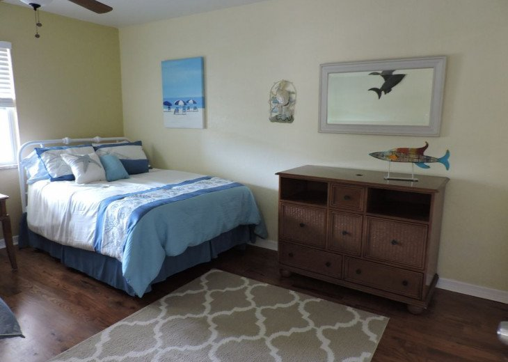 Awesome! Indian Rocks Beach Rental, Private Unit B, Renovated,Short walk to Bea #12
