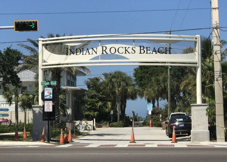Awesome! Indian Rocks Beach Rental, Private Unit B, Renovated,Short walk to Bea #28