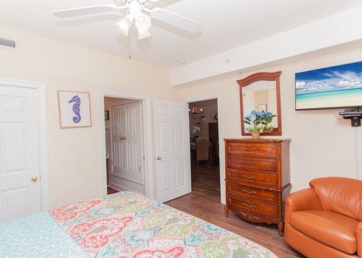 SEA is Calling. ANSWER! Squeaky Clean, Spacious Unit - We make VACATION Better! #8