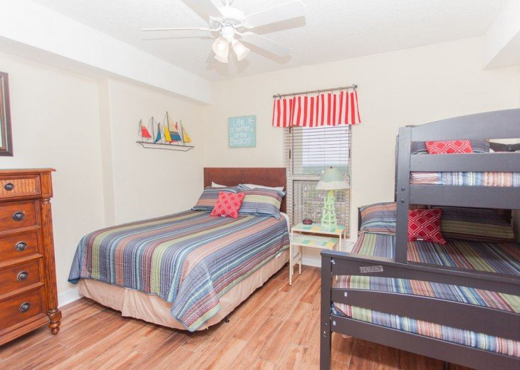 SEA is Calling. ANSWER! Squeaky Clean, Spacious Unit - We make VACATION Better! #10