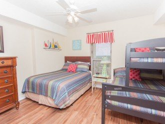 SEA is Calling. ANSWER! Squeaky Clean, Spacious Unit - We make VACATION Better! #1
