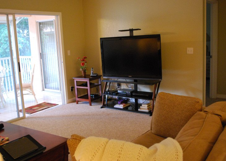 2 Bedroom Condo at Emerald Greens #6