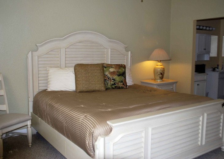 2 Bedroom Condo at Emerald Greens #10