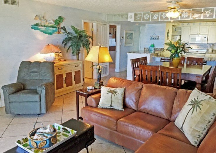 C104 Gorgeous Beach-Front Condo, located right on the gulf! #5
