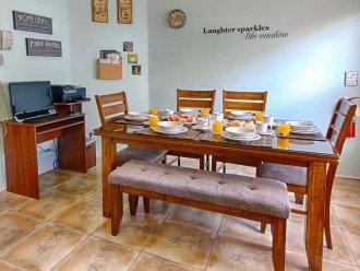 Breakfast nook with PC & Printer - 200mbps 5G wifi