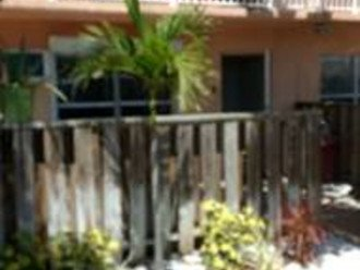 Newly Updated, Cozy, Quiet, convenient and steps from the Ocean. #1