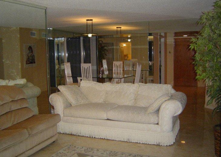 Sands Pointe Condo-5 star oceanfront luxury 2 BR 2BTH condo #11