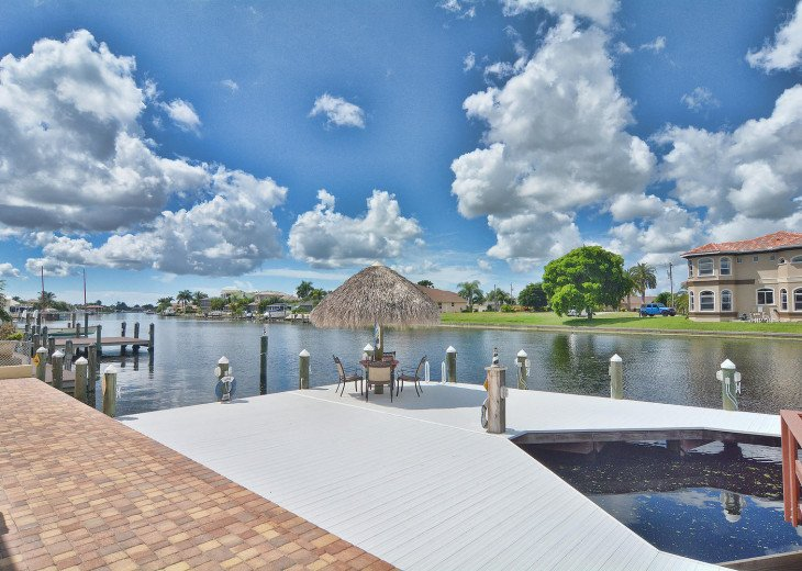 Caribbean Island Dolphin View - 54 ft log pool/ spa, dock 2 min. to the river #41