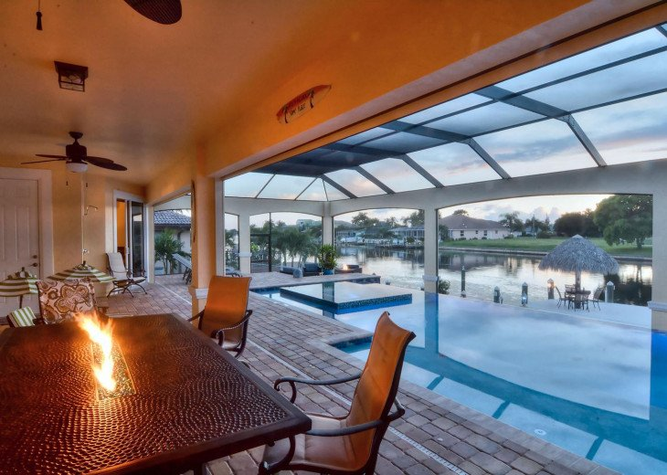 Caribbean Island Dolphin View - 54 ft log pool/ spa, dock 2 min. to the river #14