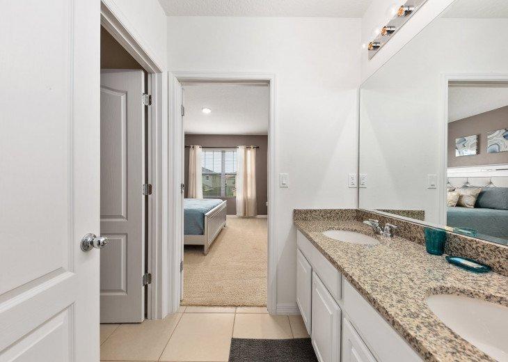 Beautiful 7 Bedroom Home Pool Home in Solterra Resort #53
