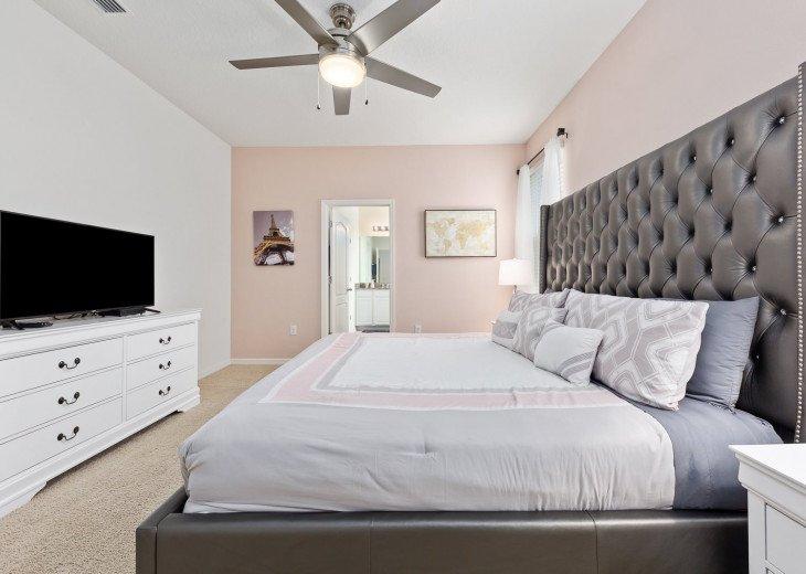 Beautiful 7 Bedroom Home Pool Home in Solterra Resort #24