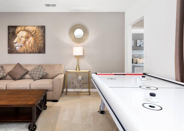 Beautiful 7 Bedroom Home Pool Home in Solterra Resort #35