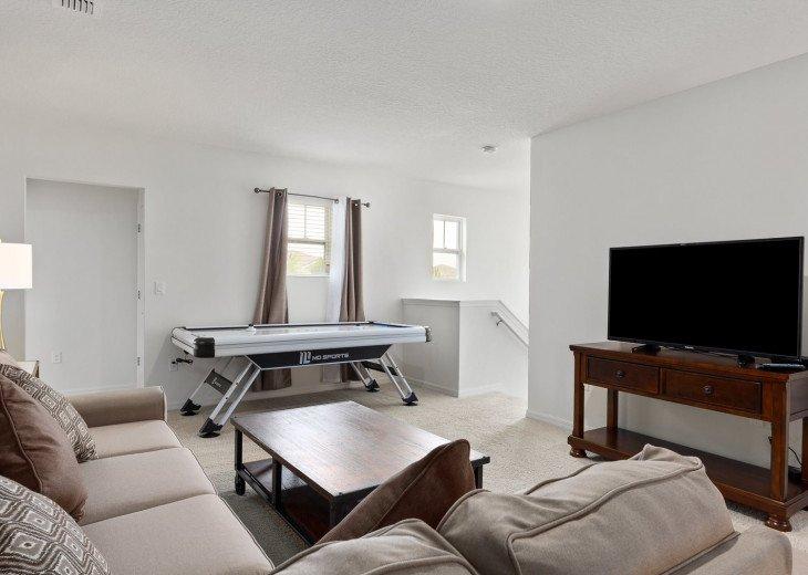 Beautiful 7 Bedroom Home Pool Home in Solterra Resort #36
