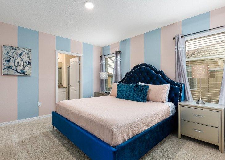 Beautiful 7 Bedroom Home Pool Home in Solterra Resort #46