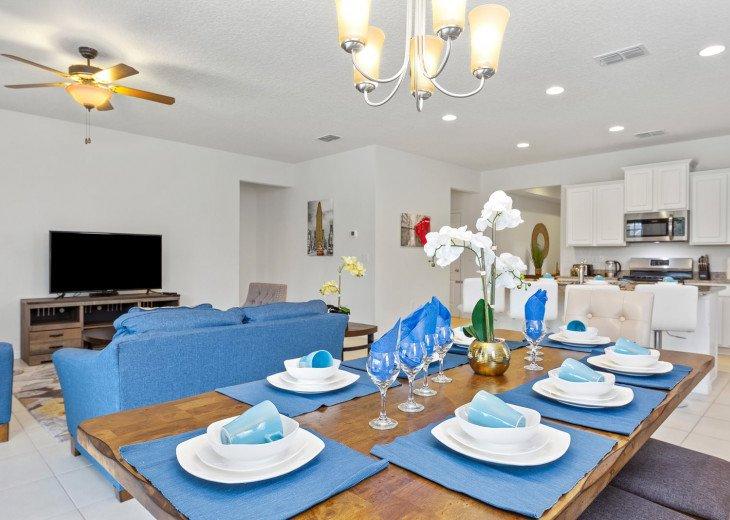 Beautiful 7 Bedroom Home Pool Home in Solterra Resort #17