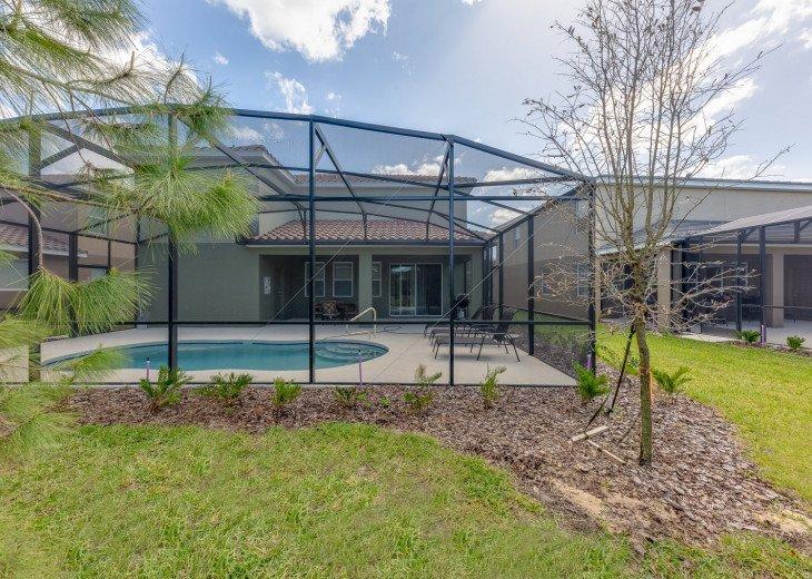 Beautiful 7 Bedroom Home Pool Home in Solterra Resort #62
