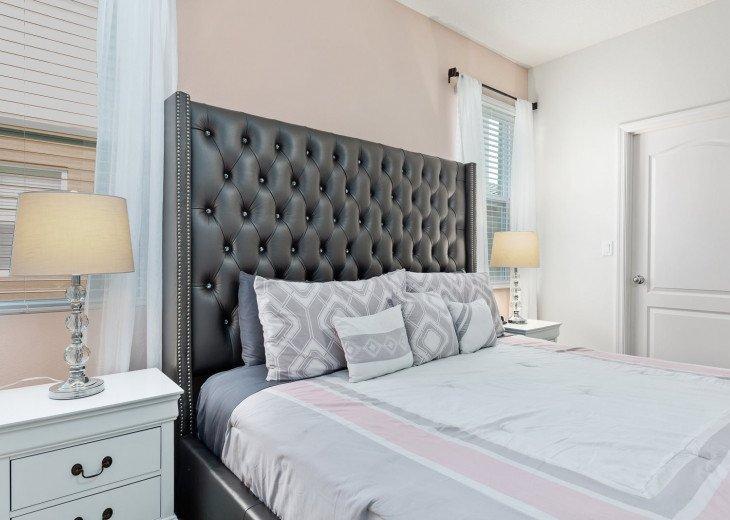 Beautiful 7 Bedroom Home Pool Home in Solterra Resort #25