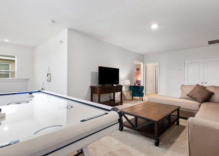 Beautiful 7 Bedroom Home Pool Home in Solterra Resort #37