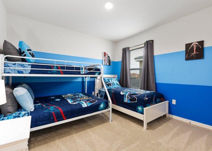 Beautiful 7 Bedroom Home Pool Home in Solterra Resort #39