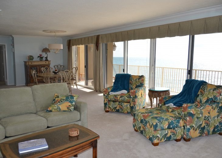 Living Room & Dining Room with fantastic views!