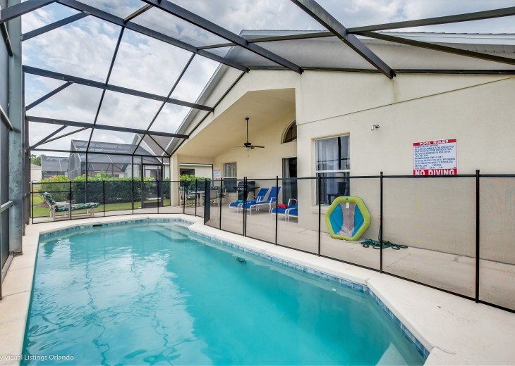 BEAUTIFUL VACATION RENTAL HOME ONLY 10 MINUTES TO DISNEY. GAME ROOM #9