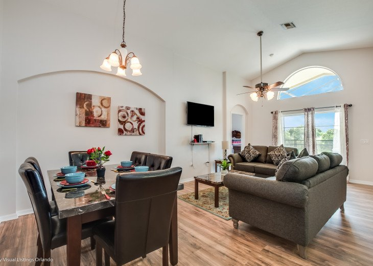 15% OFF 5 STAR VACATION RENTAL HOME ONLY 7 MILES TO DISNEY. GAME ROOM #12