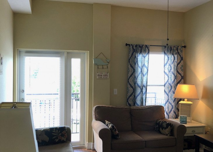 Coastal and Cozy Condo Overlooking Boca Ciega Bay #10