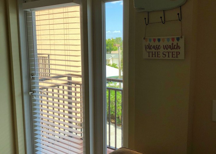 Coastal and Cozy Condo Overlooking Boca Ciega Bay #14