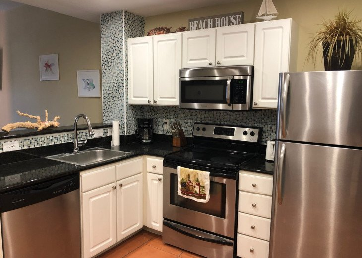 Coastal and Cozy Condo Overlooking Boca Ciega Bay #21