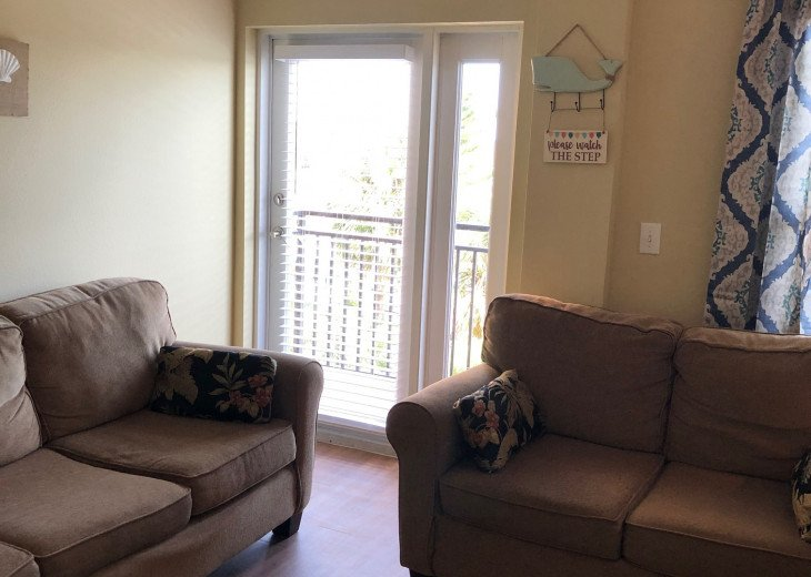 Coastal and Cozy Condo Overlooking Boca Ciega Bay #12