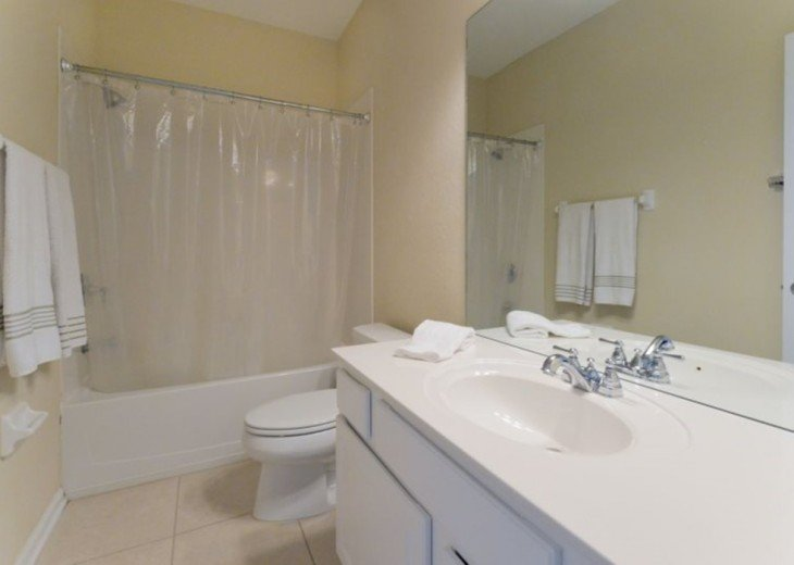 3 bedroom townhome at Vista Cay #5