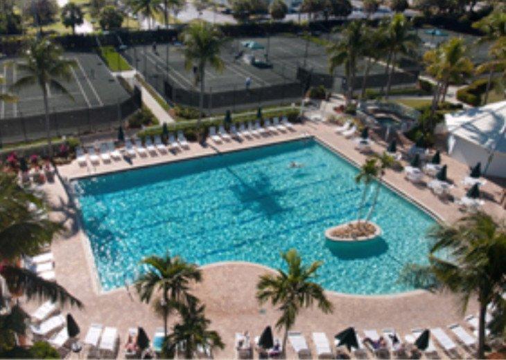Naples 3 bedroom/3 bath Villa! Avail May 1- Nov 30,2020 #29