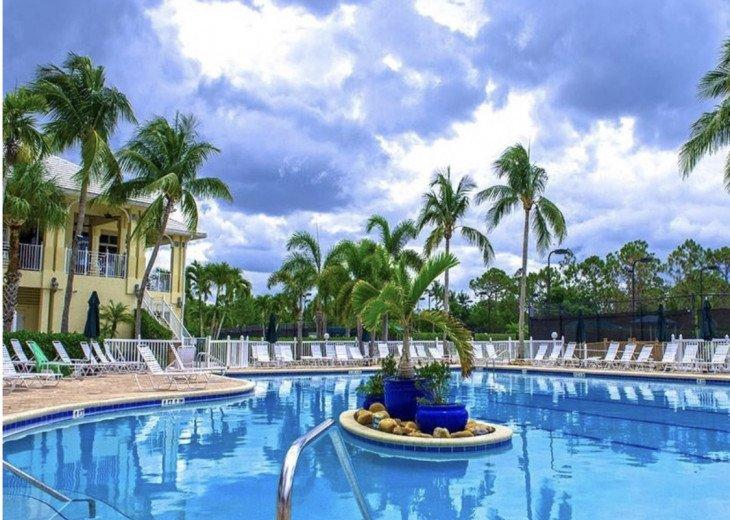 Naples 3 bedroom/3 bath Villa! Avail May 1- Nov 30,2020 #28