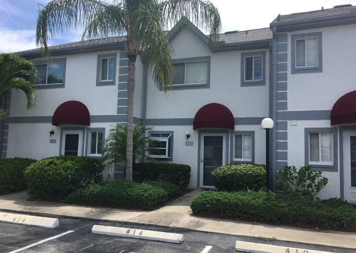 FRONT OF TOWN HOME WITH TWO PARKING SPACES IN FRONT