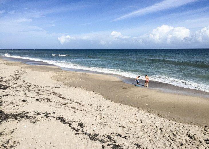 Quiet Condo On the Atlantic Ocean #9