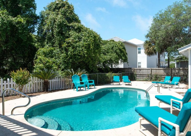 The Blue Marlin -Discounts! - 1 block to beach - Private Heated pool - GOLF CART #3