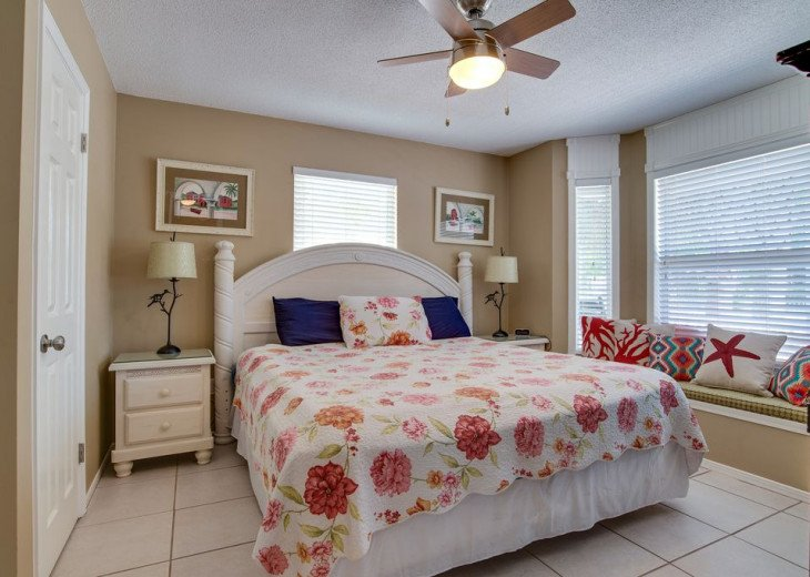 AUGUST DISCOUNTS | GOLF CART | PRIVATE HEATED POOL | 2 BLOCKS TO BEACHFRONT #16