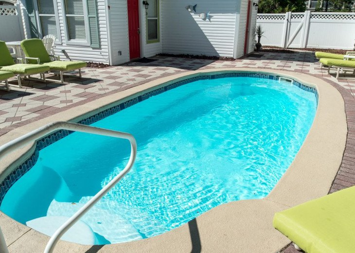 AUGUST DISCOUNTS | GOLF CART | PRIVATE HEATED POOL | 2 BLOCKS TO BEACHFRONT #3