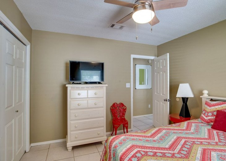 AUGUST DISCOUNTS | GOLF CART | PRIVATE HEATED POOL | 2 BLOCKS TO BEACHFRONT #22