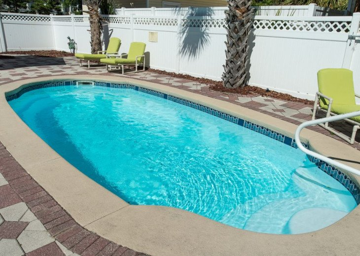 AUGUST DISCOUNTS | GOLF CART | PRIVATE HEATED POOL | 2 BLOCKS TO BEACHFRONT #4