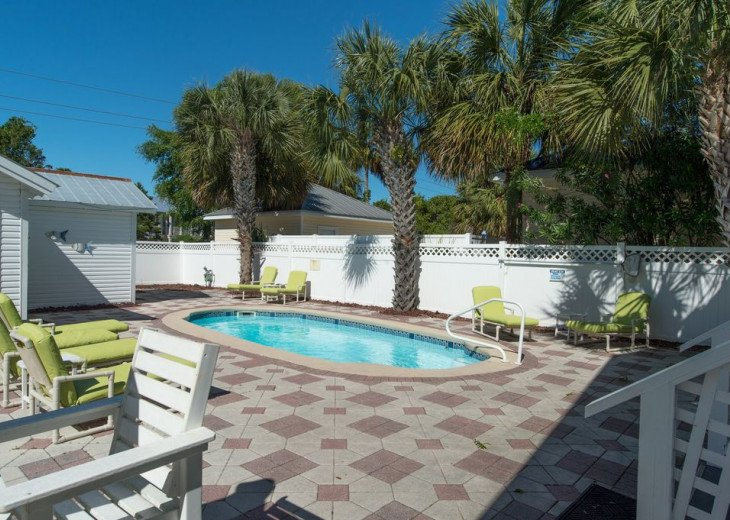 AUGUST DISCOUNTS | GOLF CART | PRIVATE HEATED POOL | 2 BLOCKS TO BEACHFRONT #5