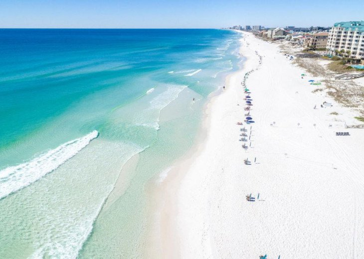 Beaches in Destin are famous all over the world