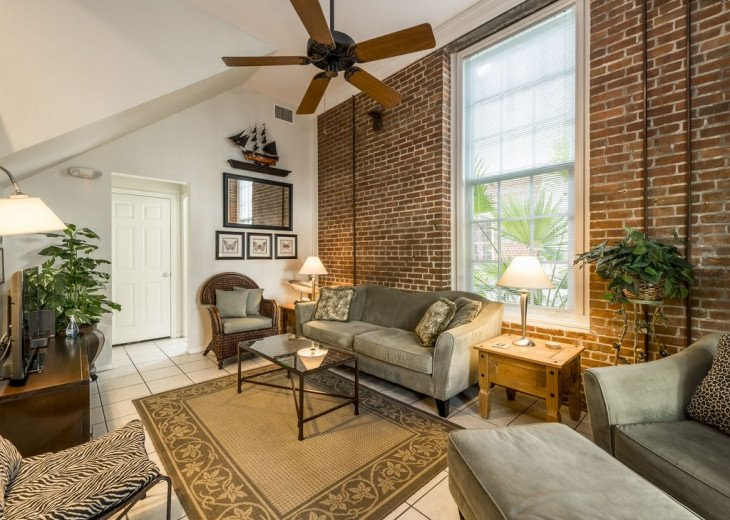 Truman Annex - ' Island Queen' End Unit Villa is One-of-a-Kind! #4