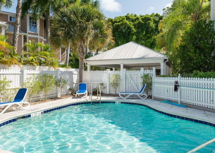Truman Annex - ' Island Queen' End Unit Villa is One-of-a-Kind! #17