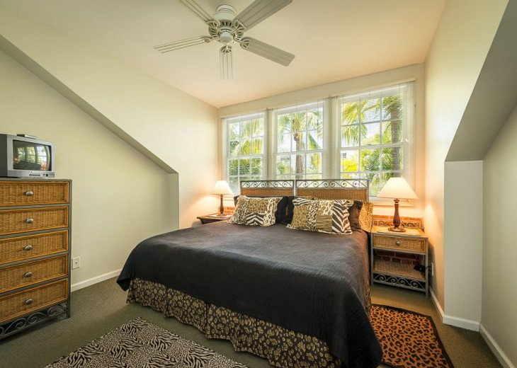 Truman Annex - ' Island Queen' End Unit Villa is One-of-a-Kind! #13