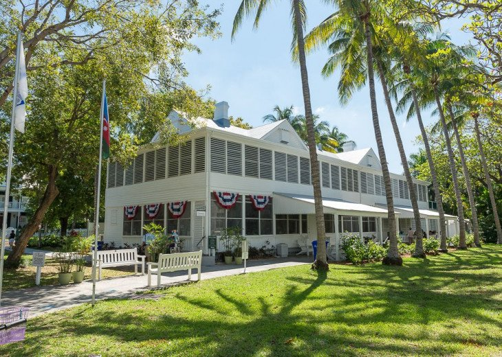 Truman Annex - ' Island Queen' End Unit Villa is One-of-a-Kind! #21