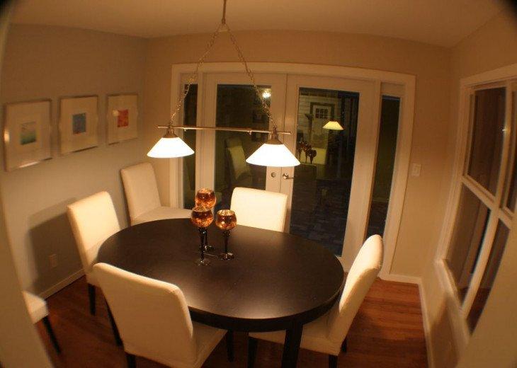 Beach Retreat In Lake Worth, 2 Bedr. Designer Kitchen, Relaxing Backyard PETS OK #2